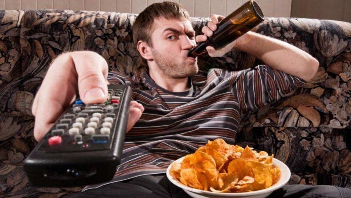 Estos malos hábitos son dañinos para tu cuerpo. | Foto: vix.com