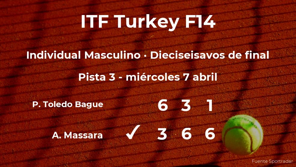 Inesperada victoria del tenista Antonio Massara en los dieciseisavos de final del torneo de Antalya
